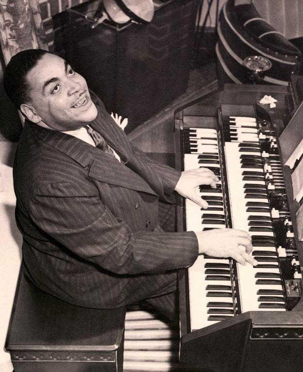 Fats Waller at the organ